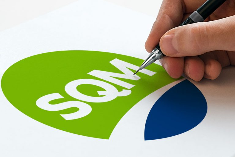 SQM updates its corporate image
