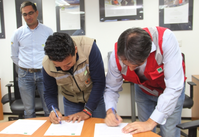 SQM and Chilean Safety Association sign agreement