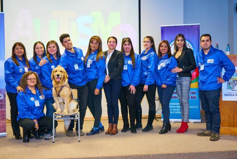 Profesionales de la educación y salud de María Elena fortalecen sus conocimientos en Autismo