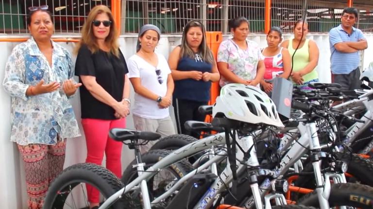 SQM entrega bicicletas eléctricas a estudiantes de Campamento antofagastino