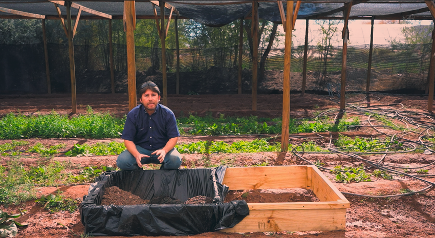 Familias del Salar de Atacama, Tocopilla, Quillagua y María Elena aprenden a cultivar hortalizas en sus hogares