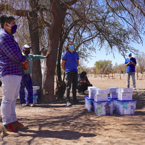 Ranchers from Pampa del Tamarugal Receive Shredders and Veterinary Kits to Face Public Health Crisis