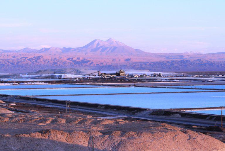 Argonne se asocia con la empresa chilena SQM para comprender mejor el ciclo de vida del litio.